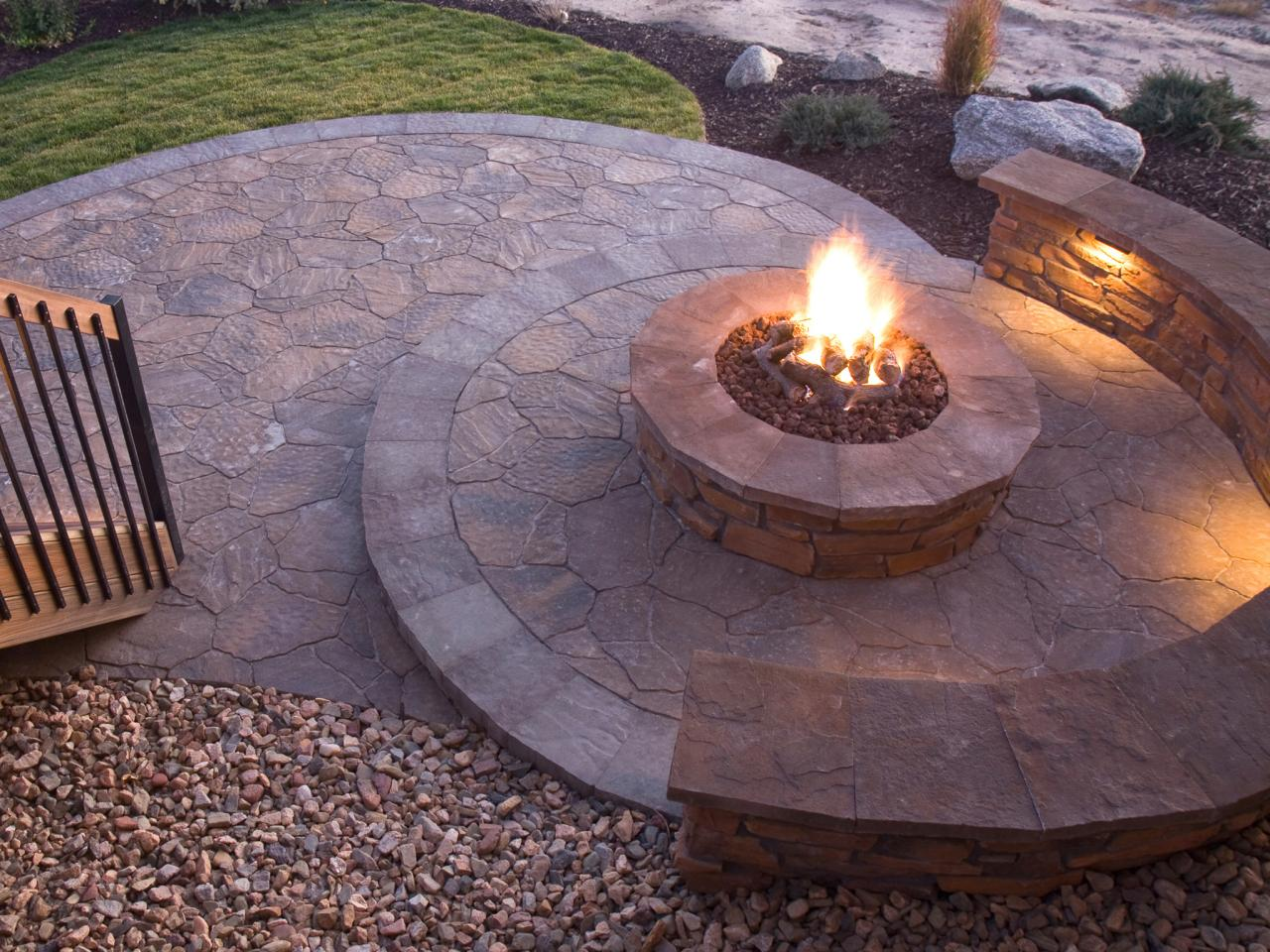 ... Brilliant Brick Fire Pit Ideas for Your Home  FIREPLACE DESIGN IDEAS