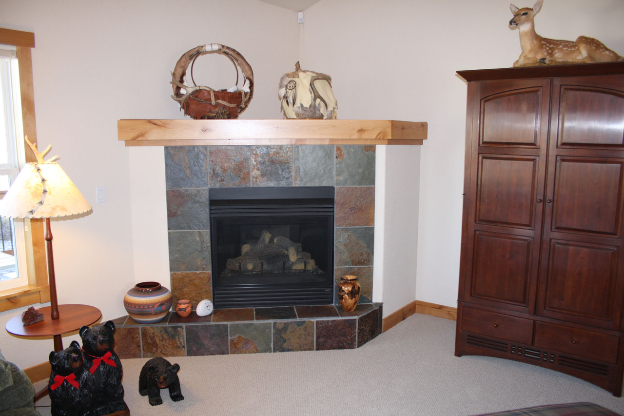 Corner Fireplace Mantels | FIREPLACE DESIGN IDEAS