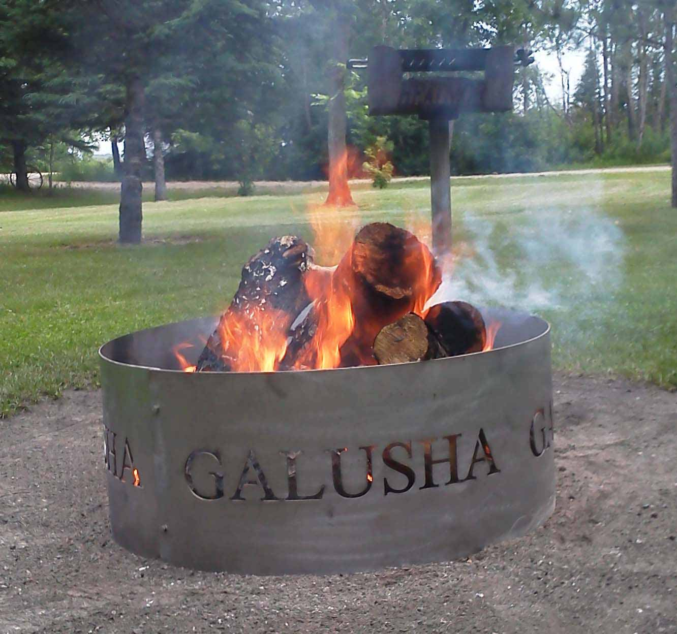 Choose Fire Pits For A Peaceful Social Gathering