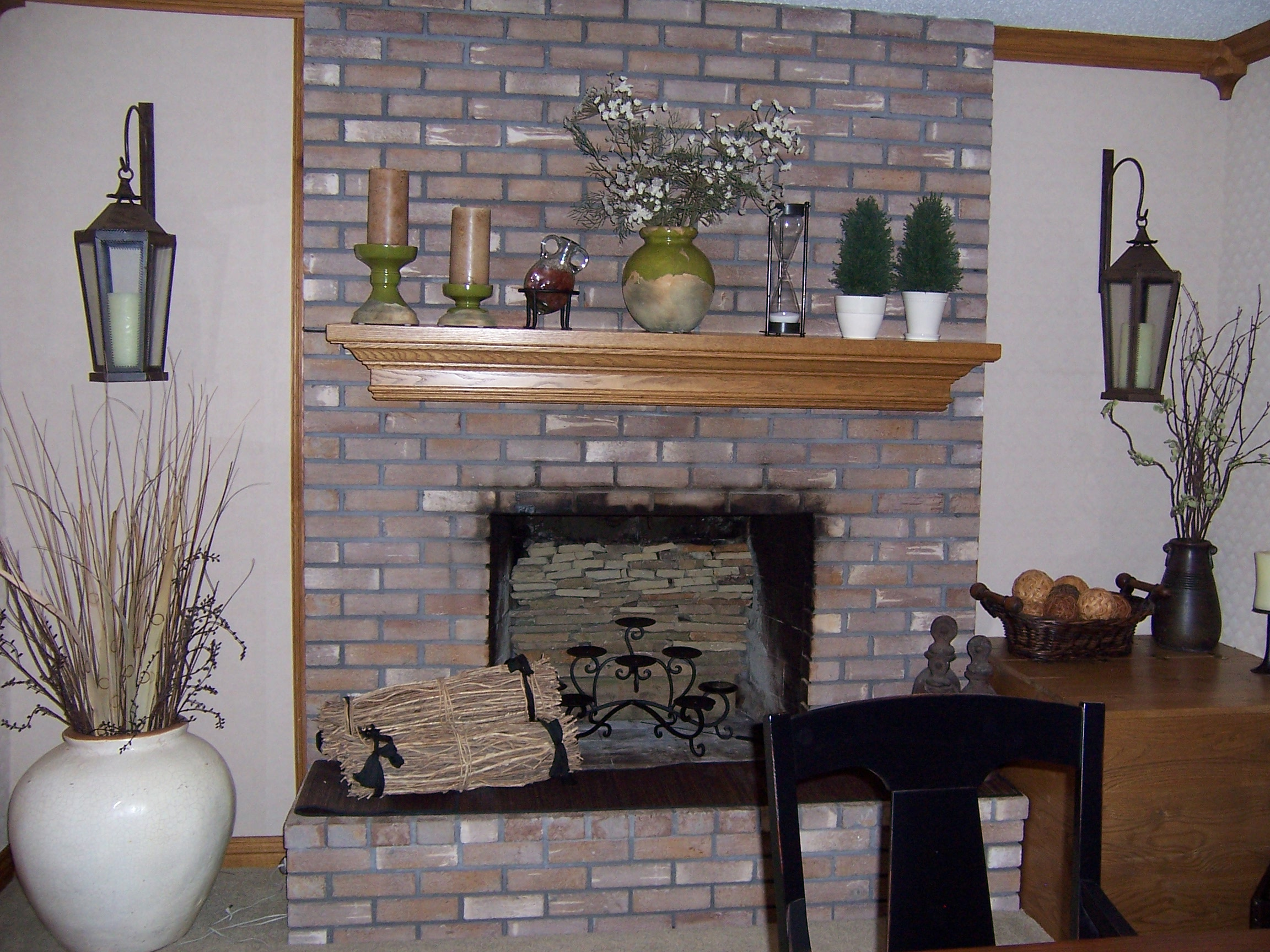 Painting the fireplace surround - Debbiedoo's | Painted ...
