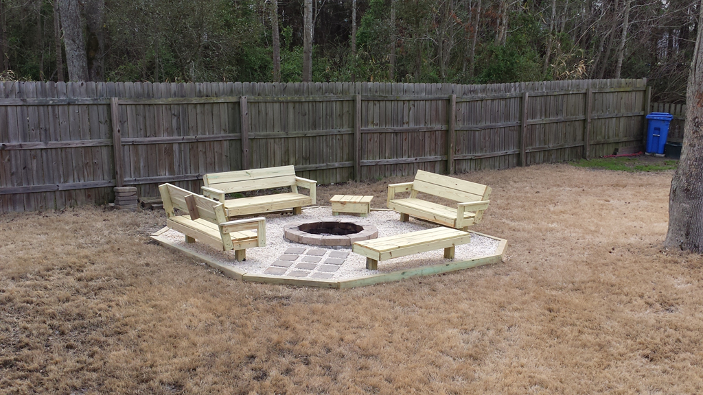 DIY Backyard Fire Pit Ideas | FIREPLACE DESIGN IDEAS