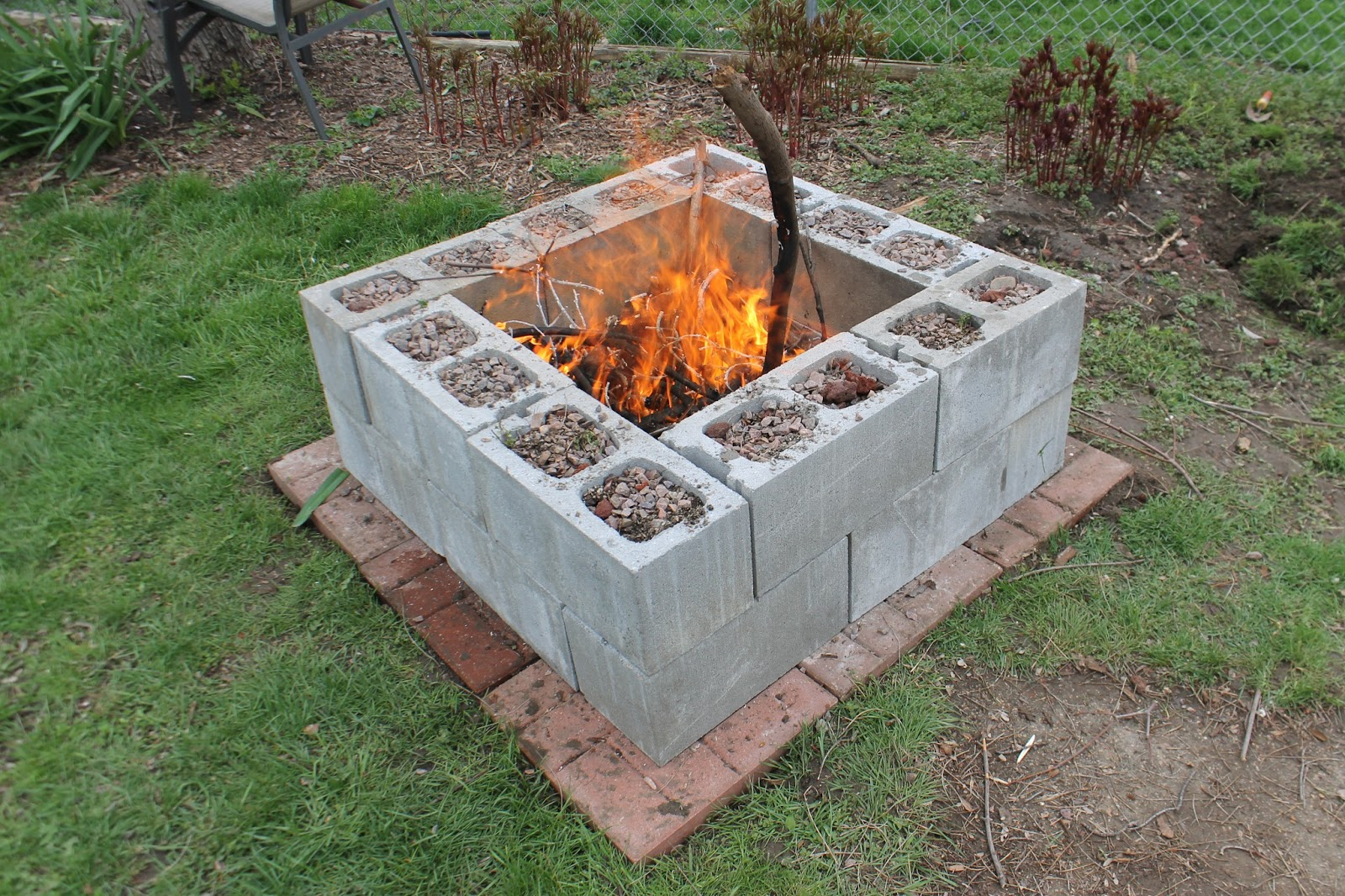 Diy concrete fire pit: A smart Idea for a Complete ...