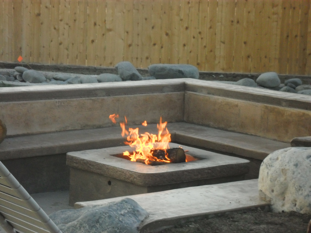 DIY Concrete Gas Fire Pit FIREPLACE DESIGN IDEAS