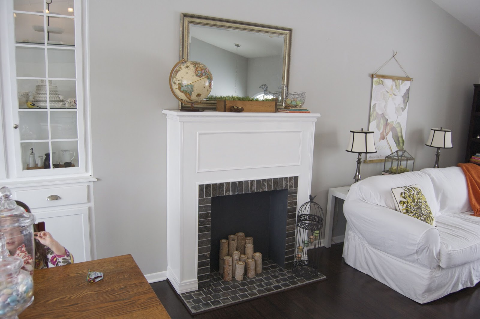 Diy faux fireplace mantel ideas fireplace design ideas for Dekokamin ikea