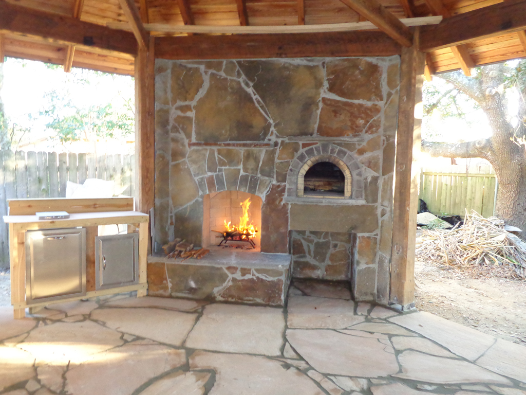 Diy outdoor fireplace and pizza oven fireplace design ideas for How to build a small outdoor fireplace