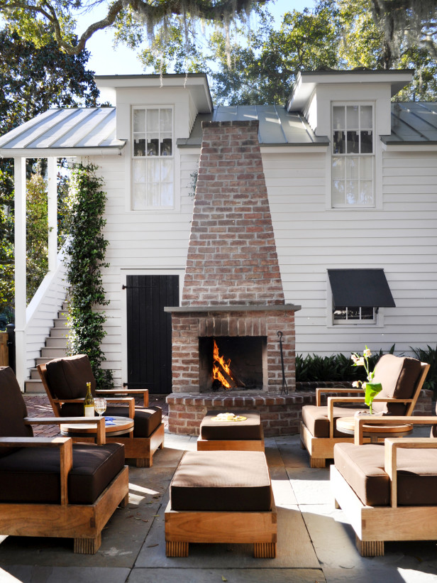 Diy outdoor fireplace fireplace design ideas for Diy outdoor gas fireplace