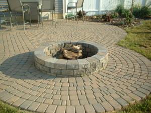 DIY Round Brick Fire Pit