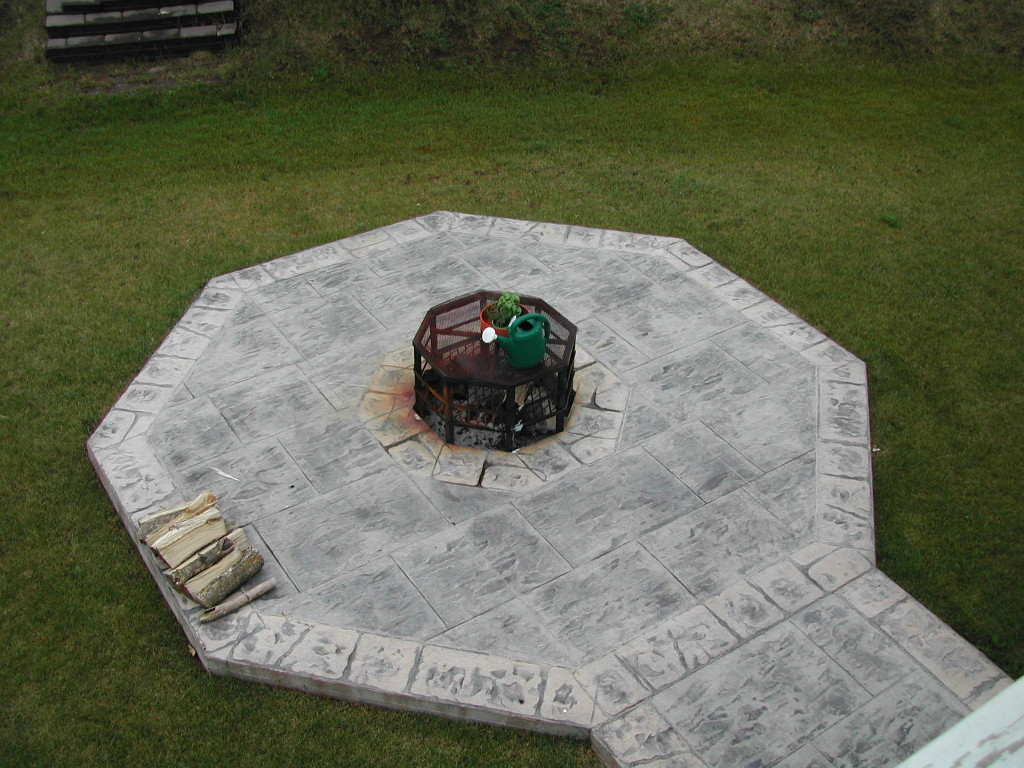 Do It Yourself Fire Pit Patio