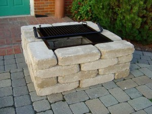 Easy Brick Fire Pit