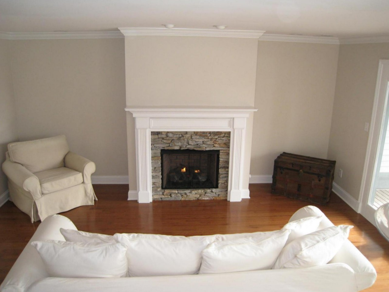 Electric Fireplace With Stone Surround