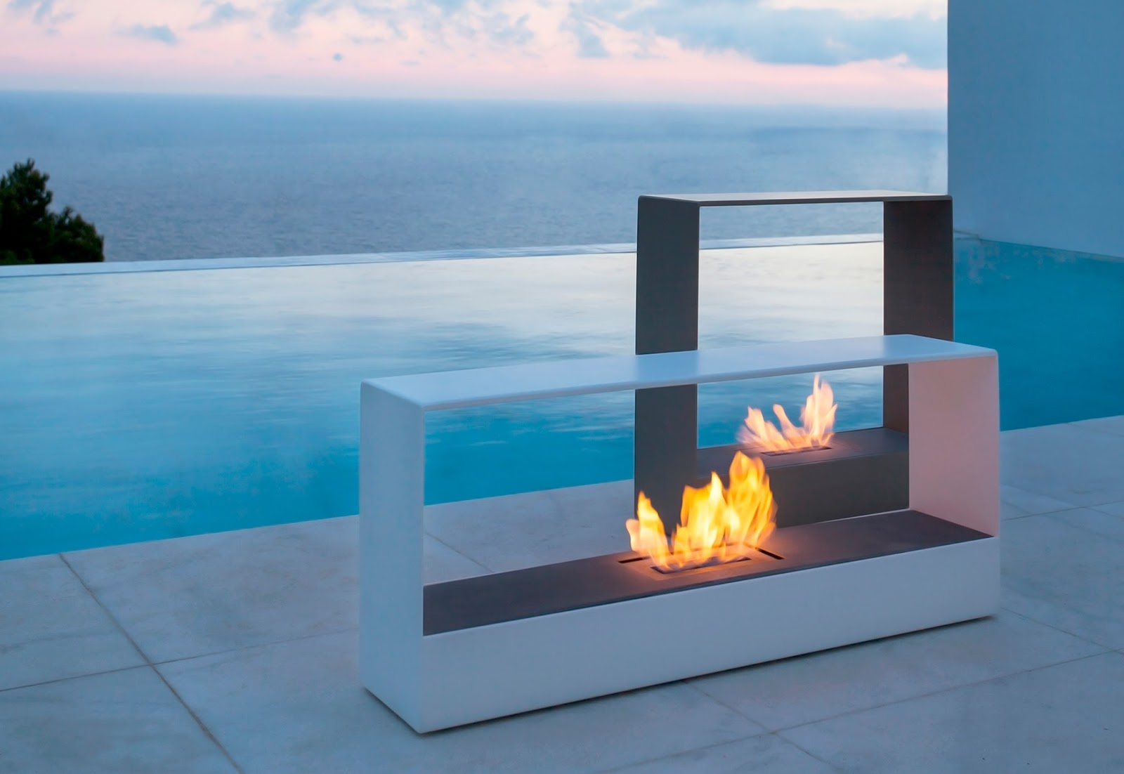 Ideas on How to Modern Outdoor Fireplace : Modern Outdoor Gas Fireplace. Modern outdoor gas fireplace. outdoor