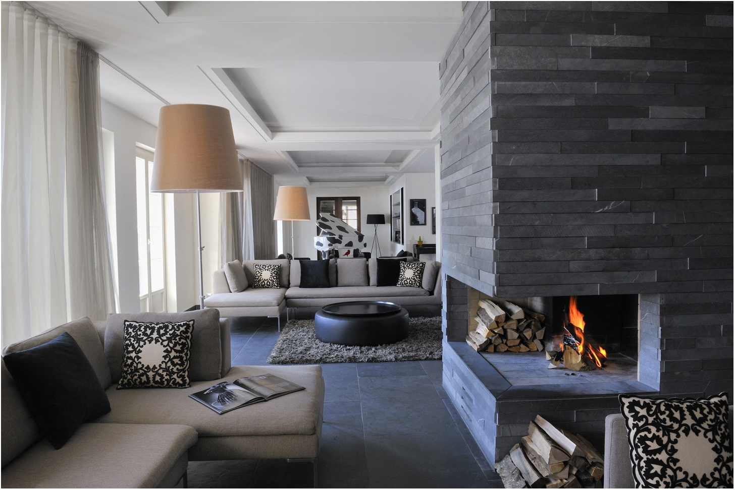 Modern Stone Fireplace & Modern Stone Fireplace | FIREPLACE DESIGN IDEAS
