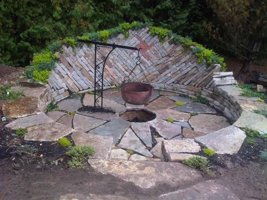 Natural Rock Fire Pit - Natural Rock Fire Pit FIREPLACE DESIGN IDEAS