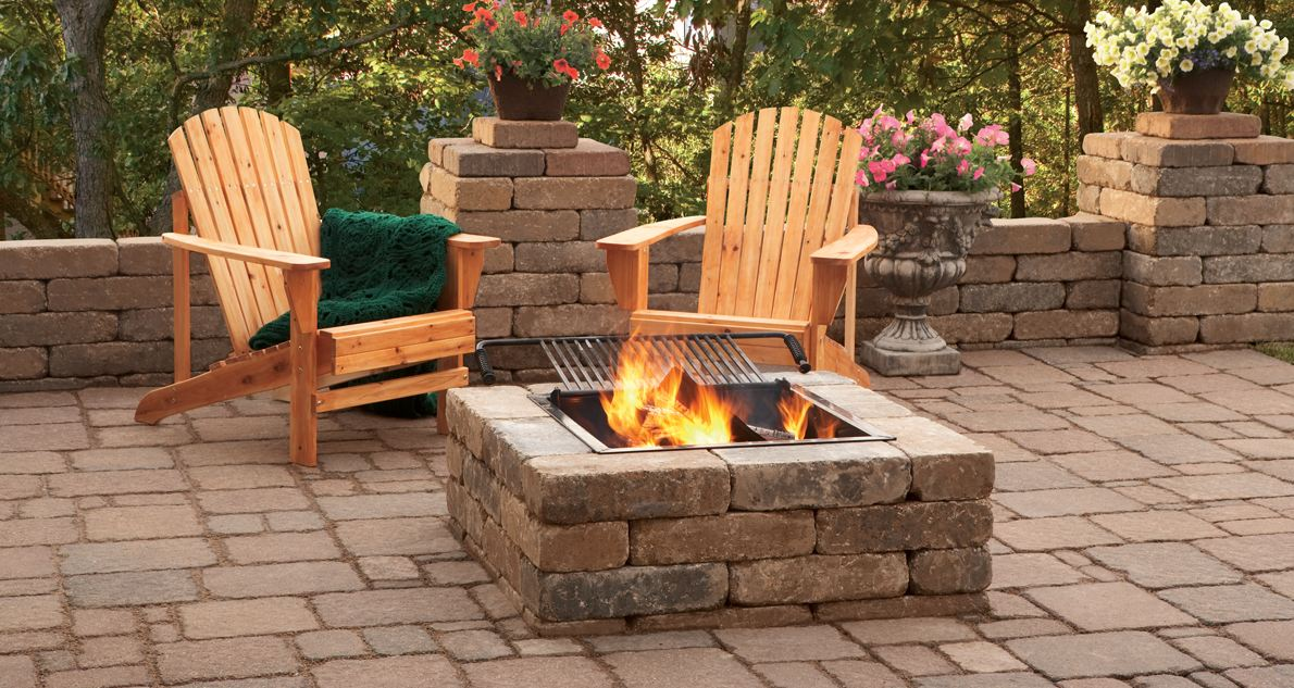 Outdoor Brick Fire Pit Ideas | FIREPLACE DESIGN IDEAS