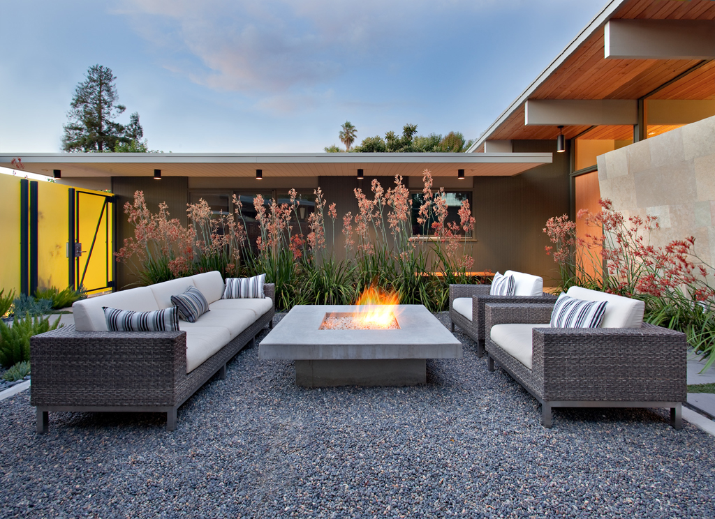 Outdoor seating with fire pit fireplace design ideas for Outdoor modern fire pit