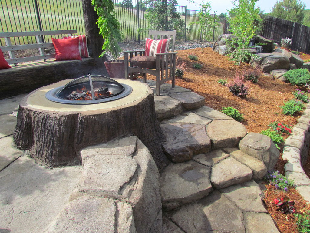 Patio Designs with Fire Pit