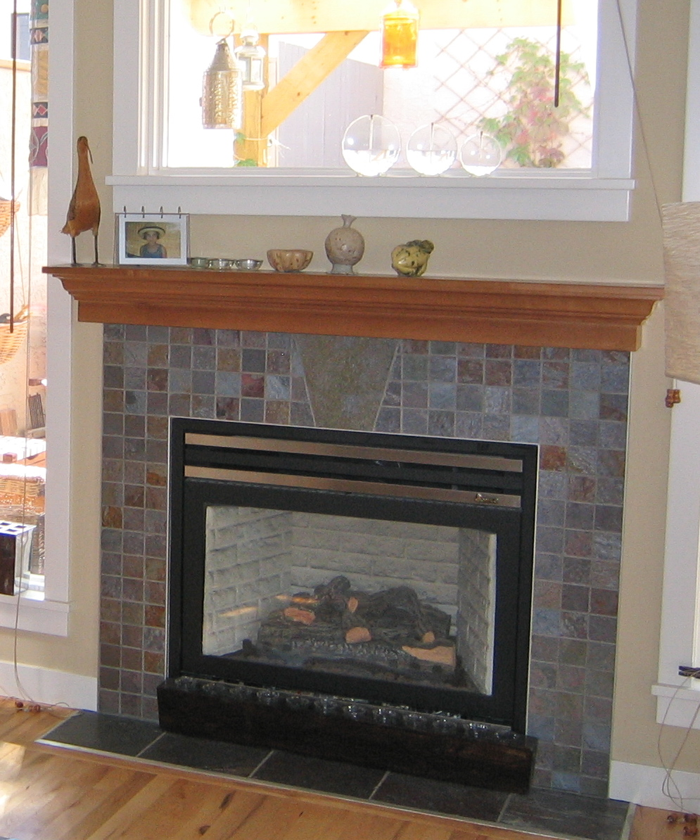 Merveilleux Slate Tile Fireplace Surround