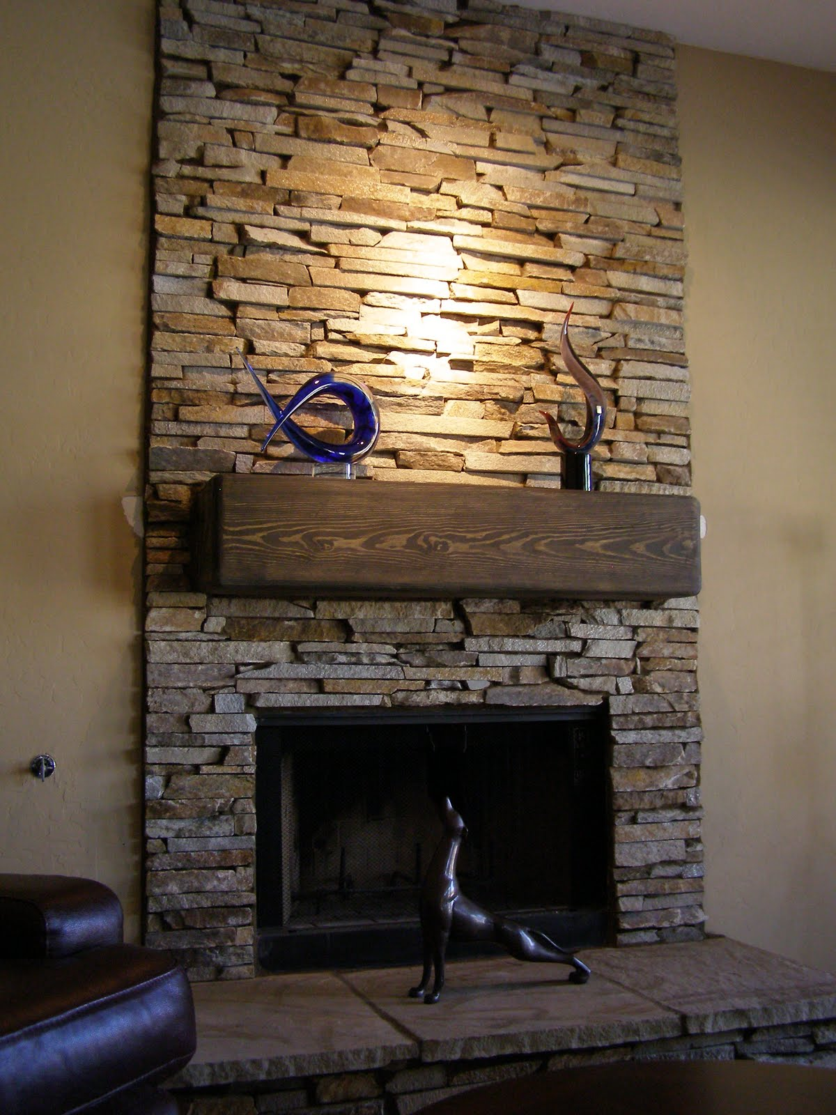 To Consider In Stone Veneer Fireplace Stacked Stone Veneer Fireplace