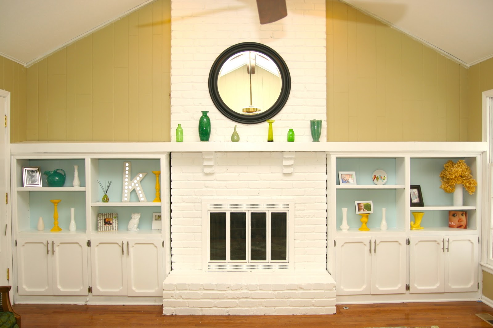 White Painted Brick Fireplace Fireplace Design Ideas