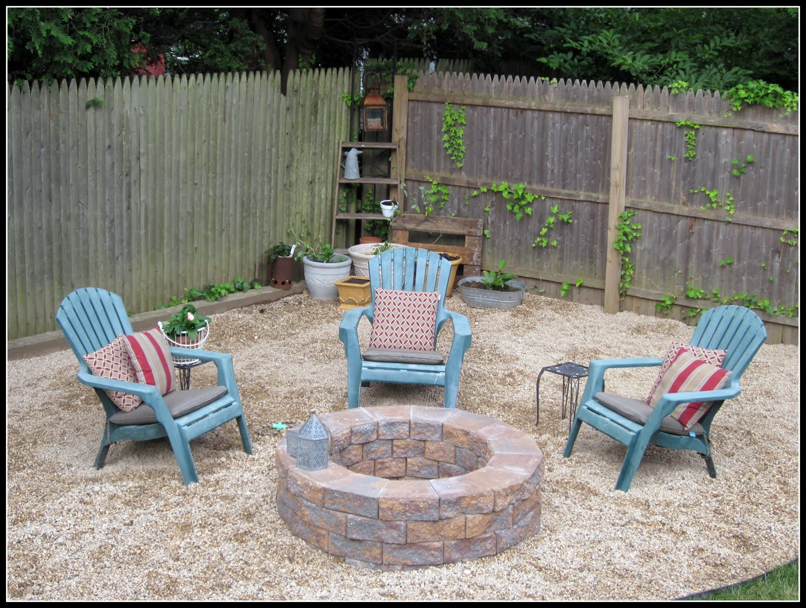 Simple Backyard Fire Pit Ideas